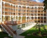 ESTREYA PALACE & RESIDENCE