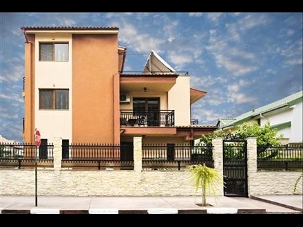 Vila PATRICIA
