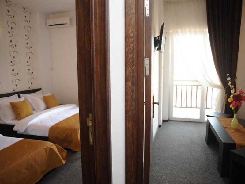 Hotel PINGUIN