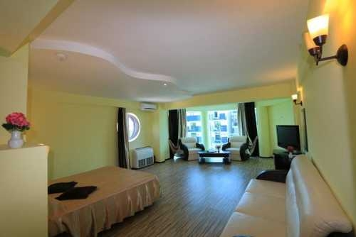 Hotel JENNIFER