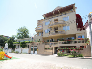 Hotel DYNES - Eforie Nord